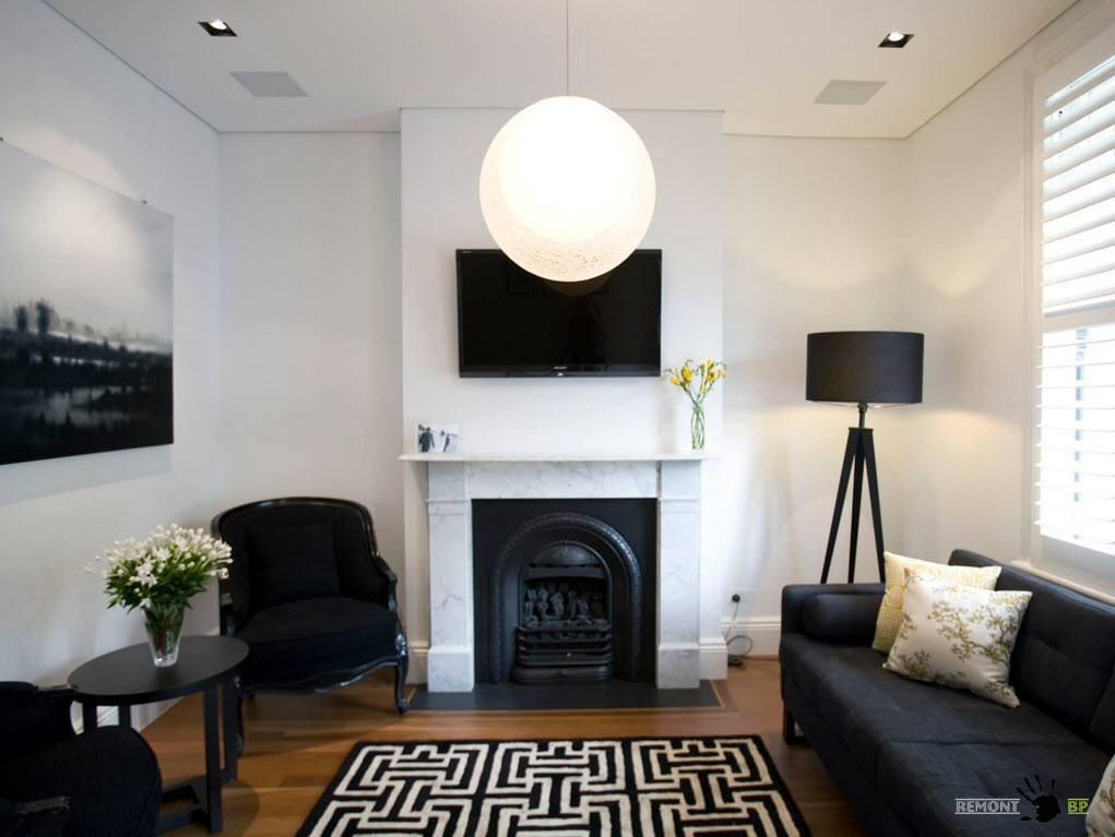 Бело-черный дизайн гостиной