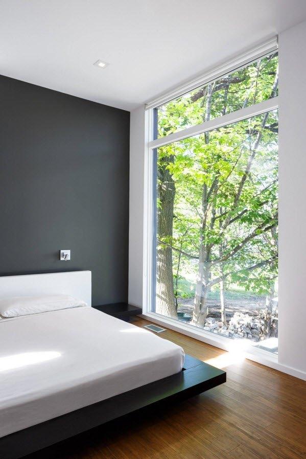 Минималистская обстановка спальни