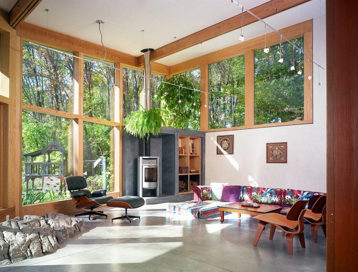 Окна из светлой древесины