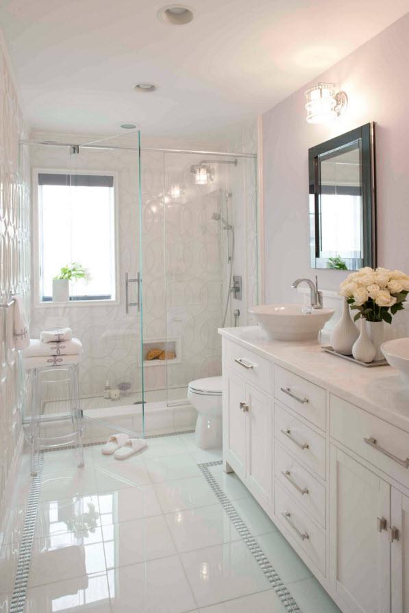 Белоснежный интерьер в ванной