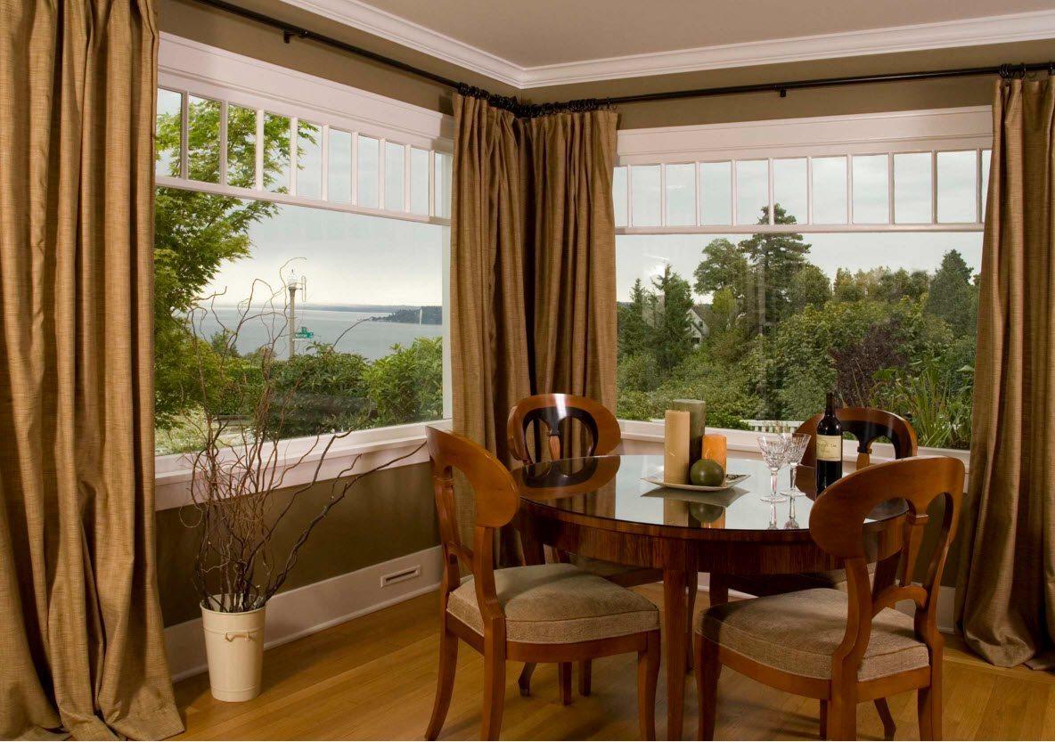 Плотные шторы для больших окон столовой