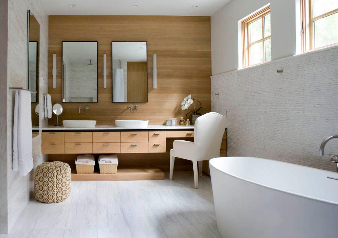 Сочетание белого пола и деревянных покрытий