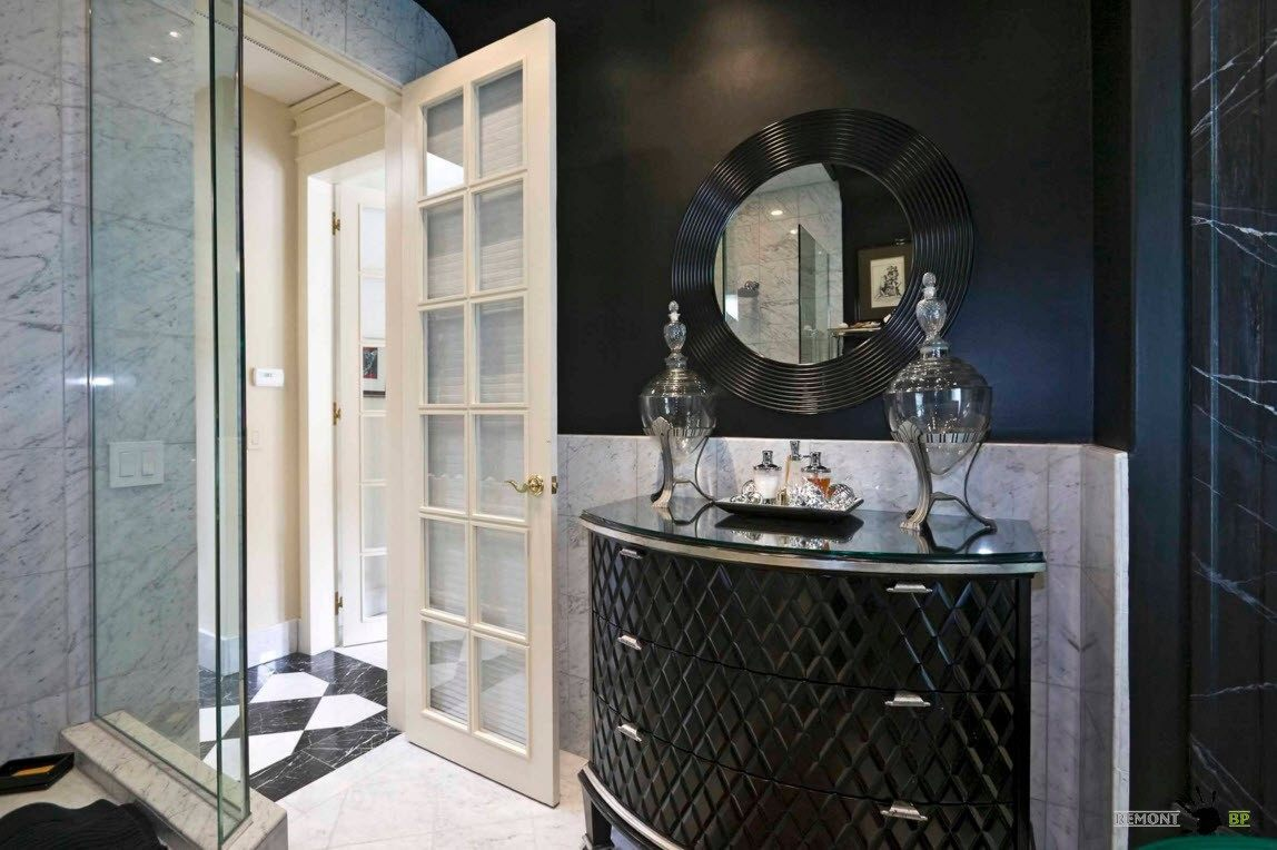 Черный цвет в ванной комнате
