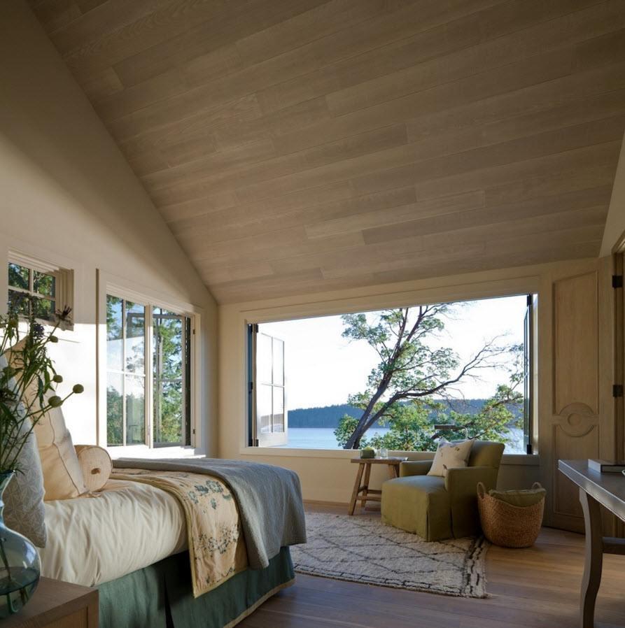 Большие окна для спальни