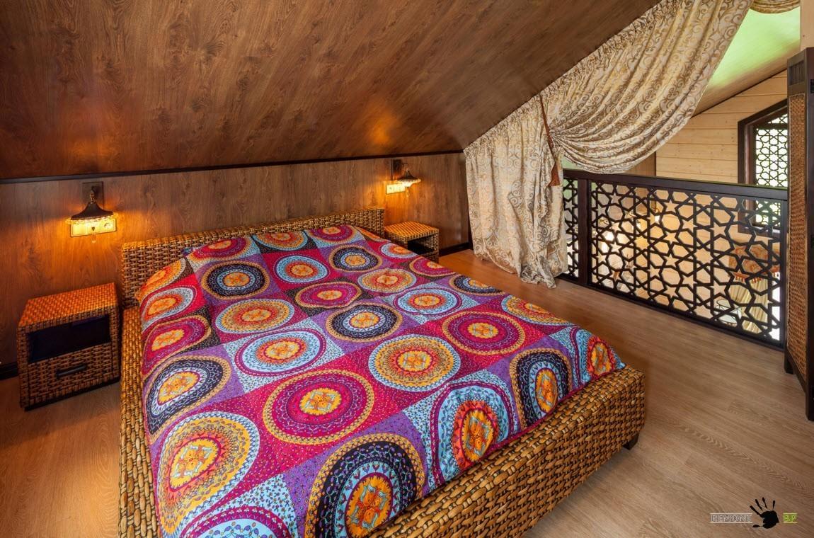 Шторы для спальни со скошенным потолком