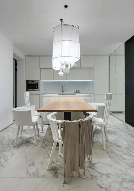 Белоснежное кухонное пространство