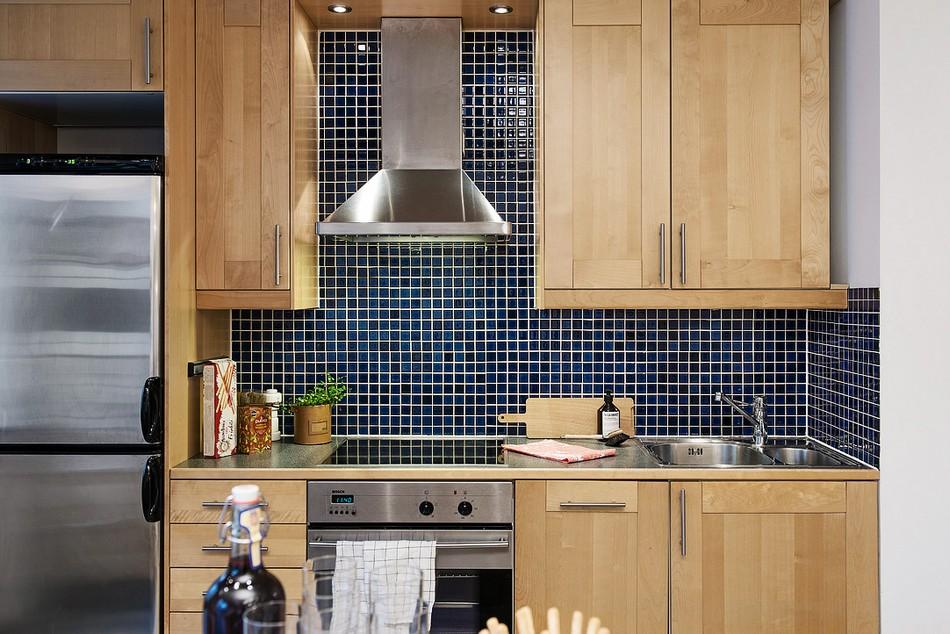 Отделка кухонного фартука мозаикой