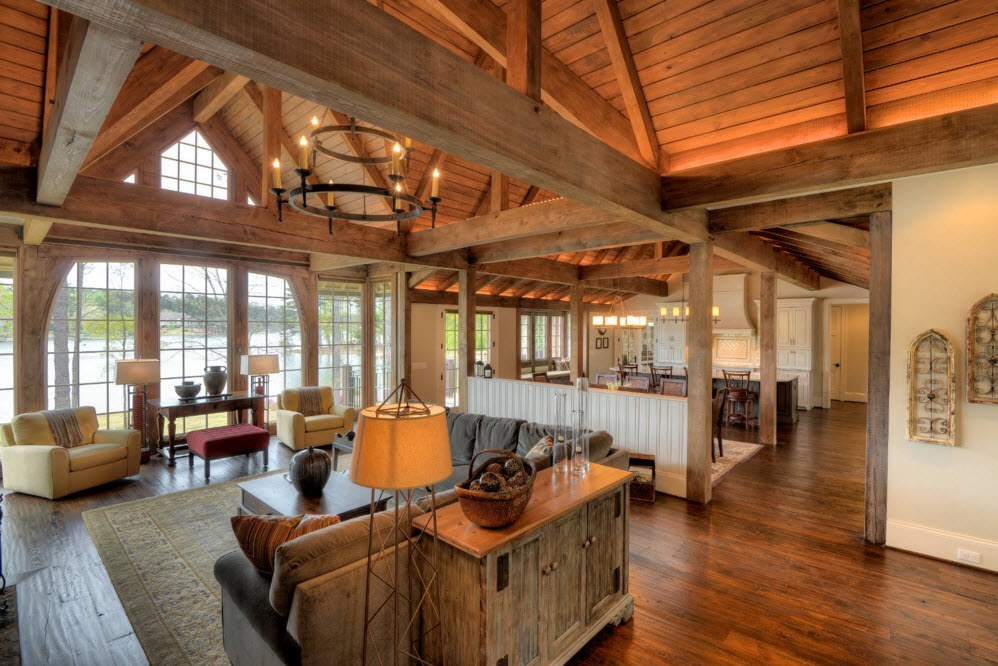 Активное использование древесины для дизайна гостиной