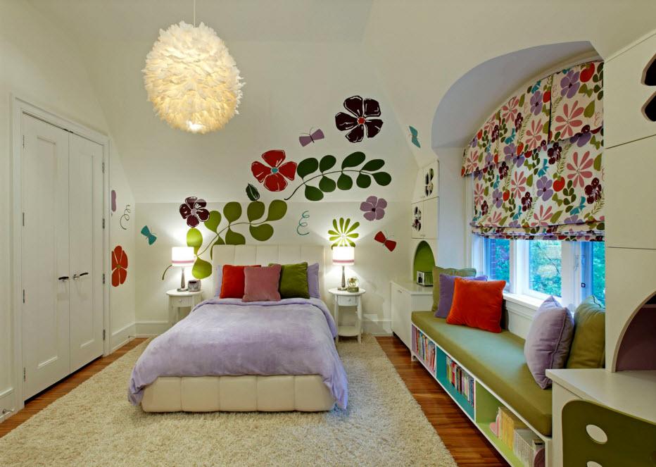 Цветочные мотивы в девичьей комнате