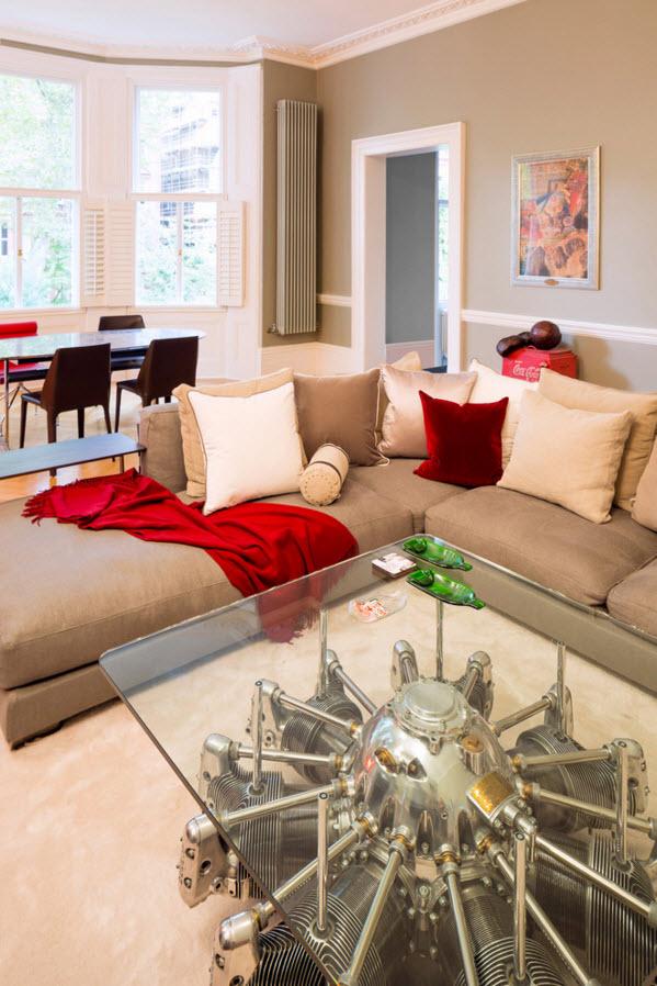 Дизайн проект: светлый интерьер квартиры с ярким декором
