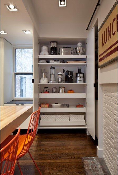 Встроенный шкаф для посуды