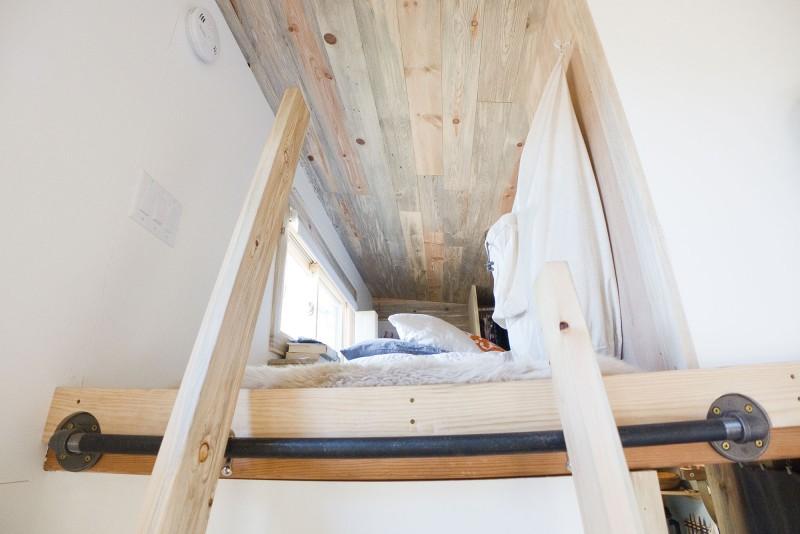 Лестница в спальню
