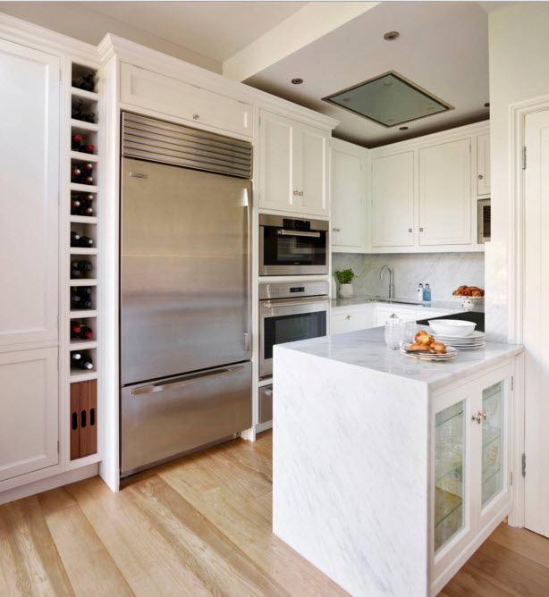 Белая кухня с оригинальным островом