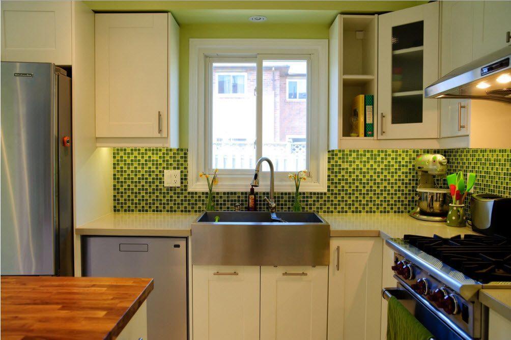 Яркий кухонный фартук