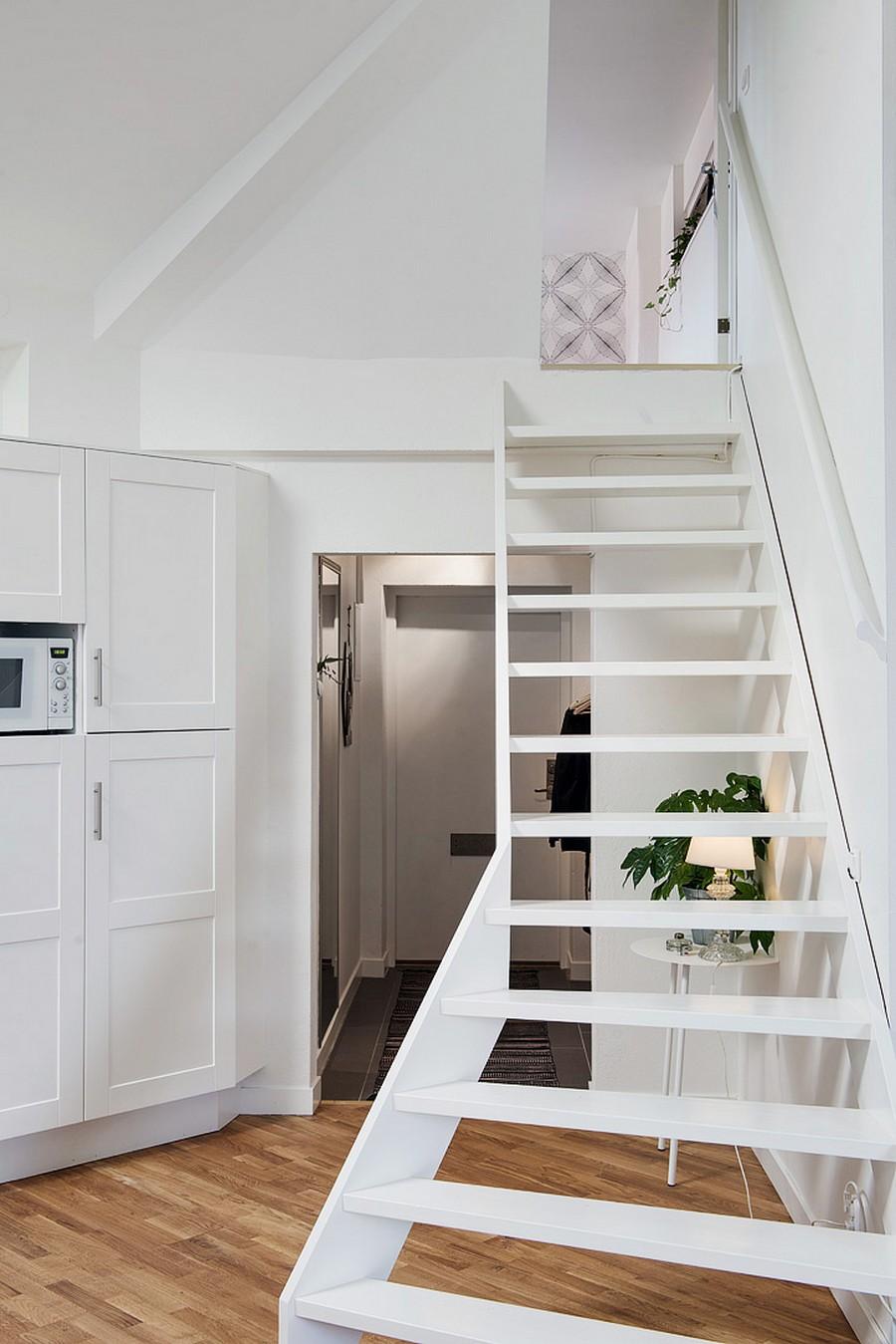 Лестница, ведущая в спальню