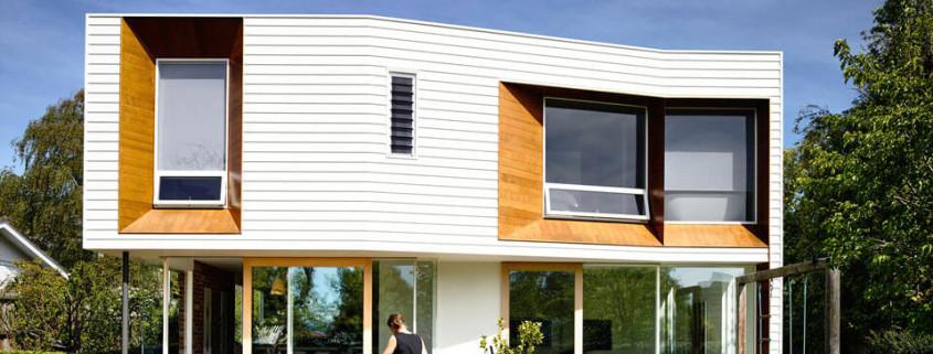 Дизайн-проект двухэтажного частного дома в белых тонах