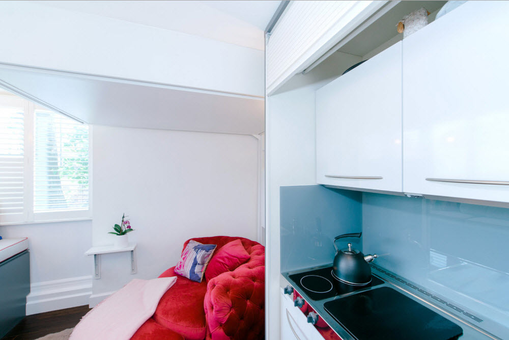 Кухонный сегмент в шкафу