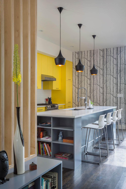 Яркое цветовое решение для кухонных фасадов