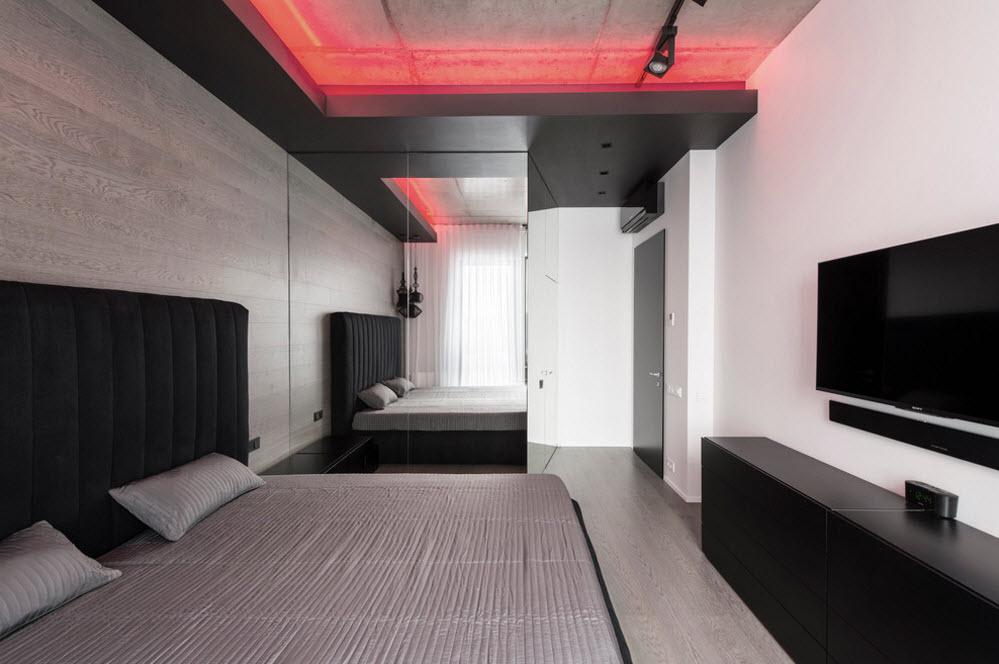 Видео-зона напротив кровати
