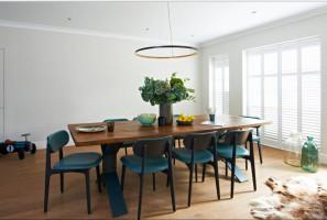 Колоритный дизайн столовой в лондонской квартире
