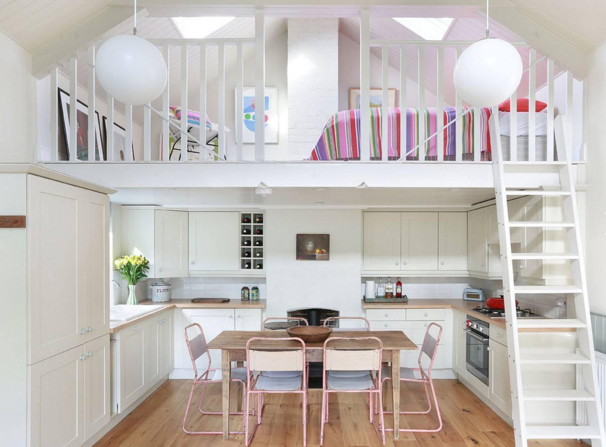 Спальня над кухне-столовой