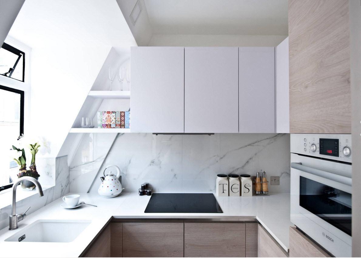 Мебельное решение для скромной кухни