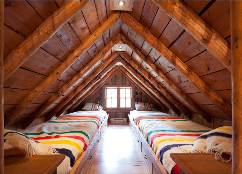 Под деревянной крышей