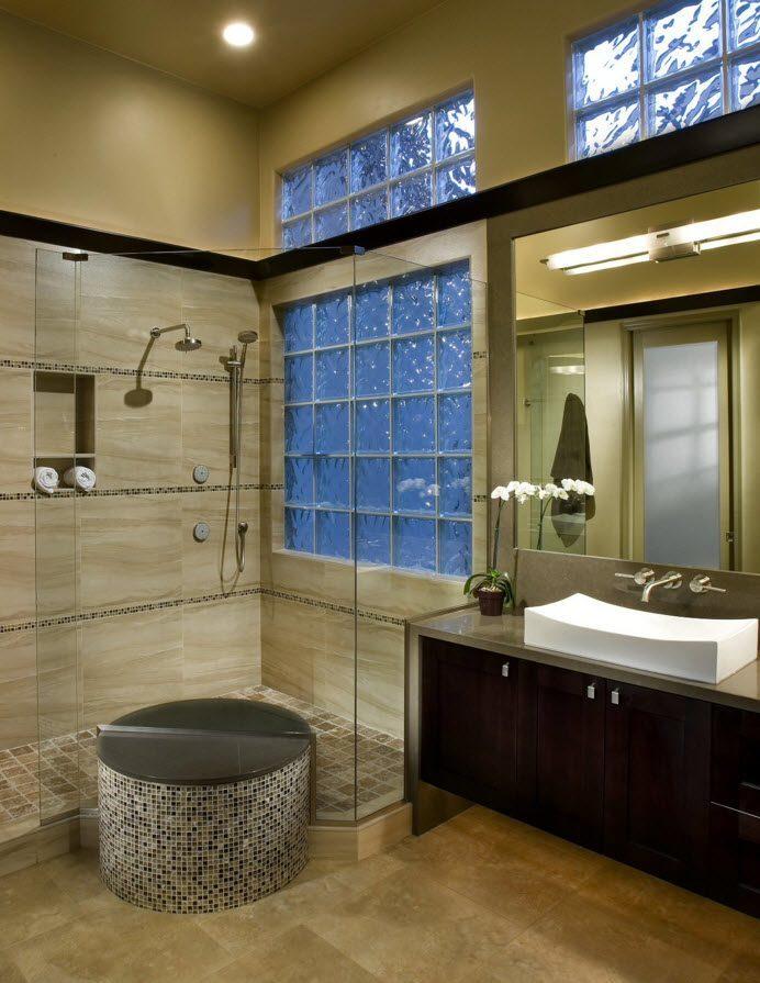 Окна из стеклоблоков в ванной