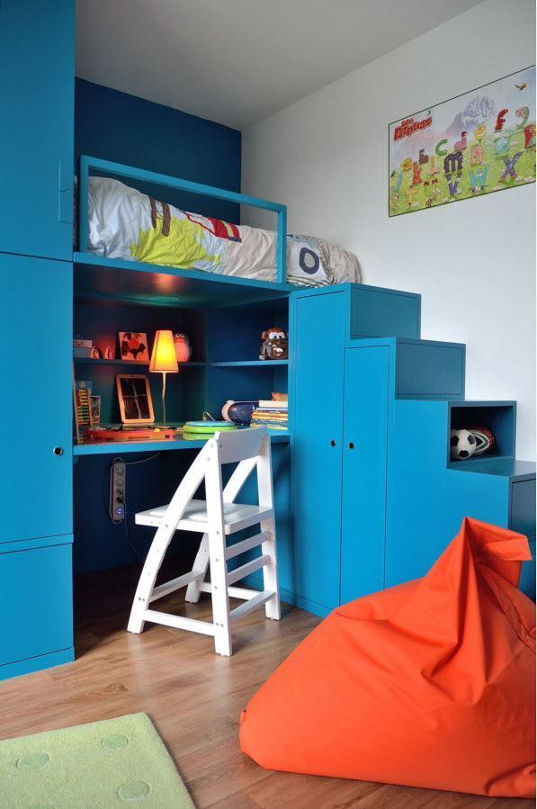 Кровать-чердак в детской