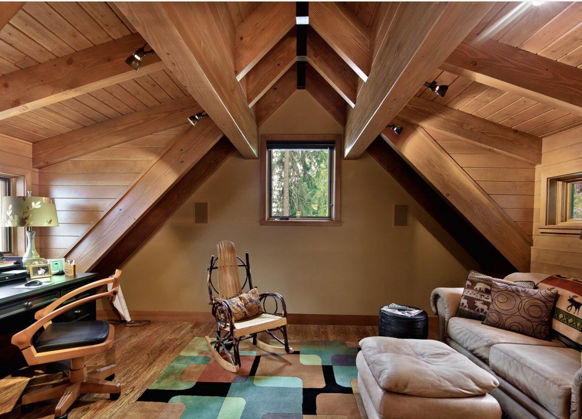 Деревянная отделка в кабинете