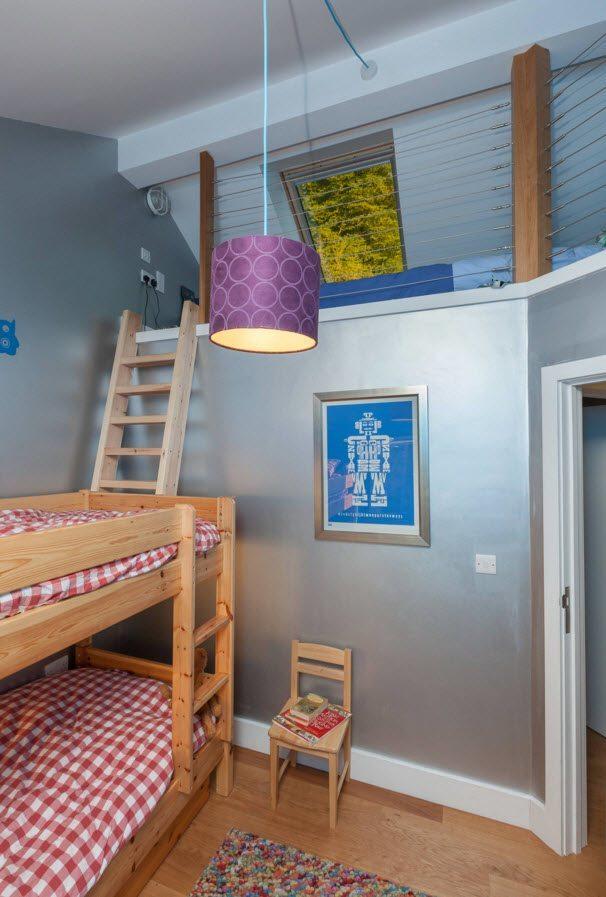 Несколько спальных мест в детской