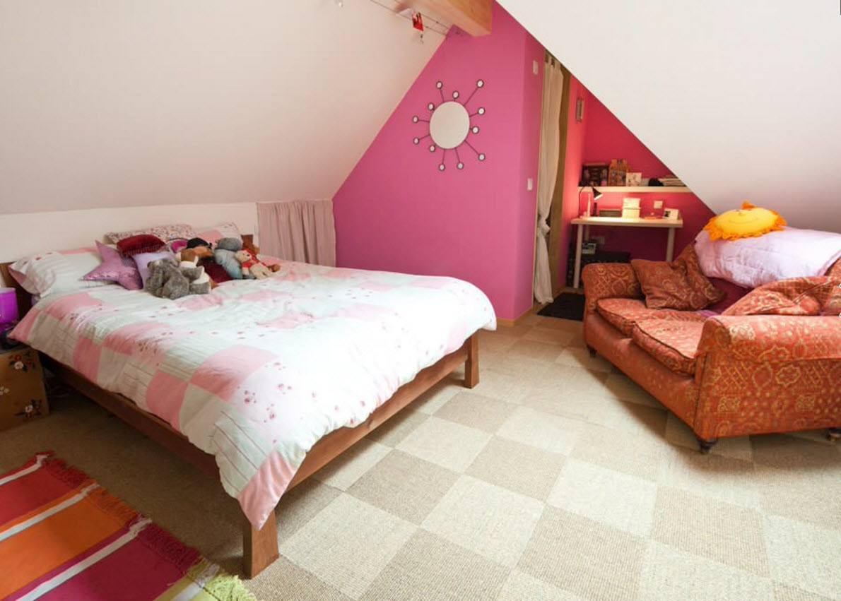Комната для девочки на чердаке