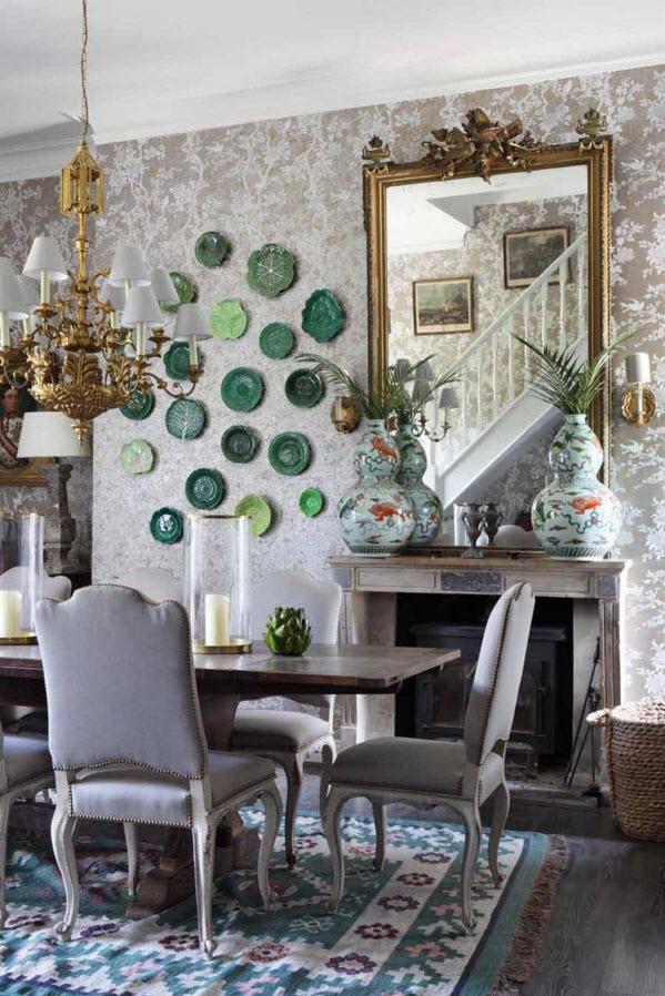 Зеленая композиция из тарелок