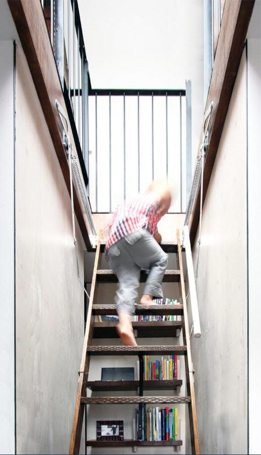 Лестница с выдвижным механизмом