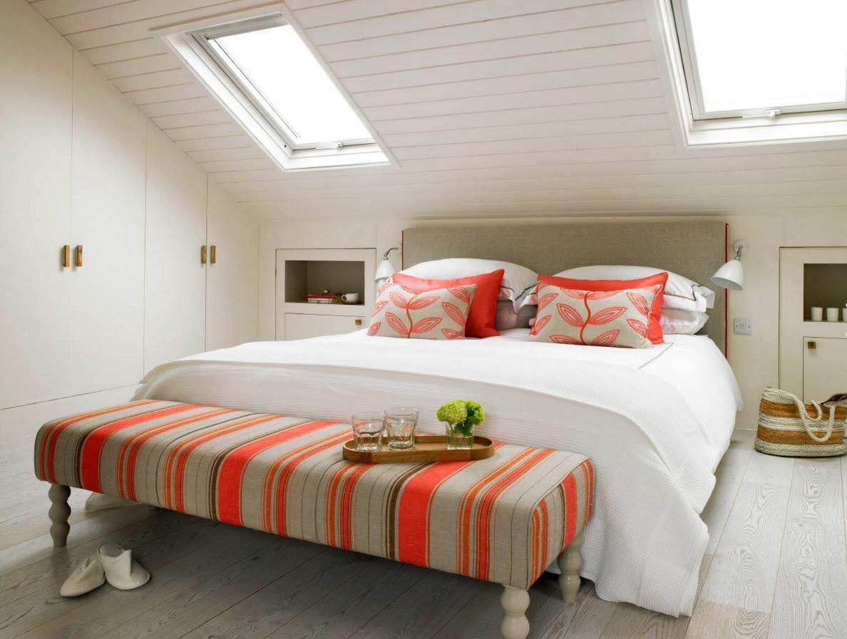 Многофункциональная спальня на мансарде
