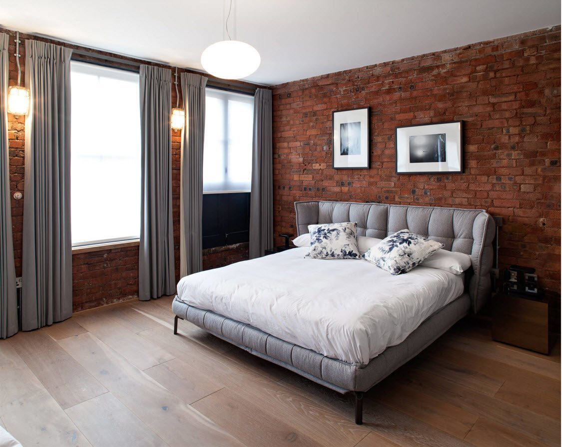 Колоритный кирпич в пространстве спальни