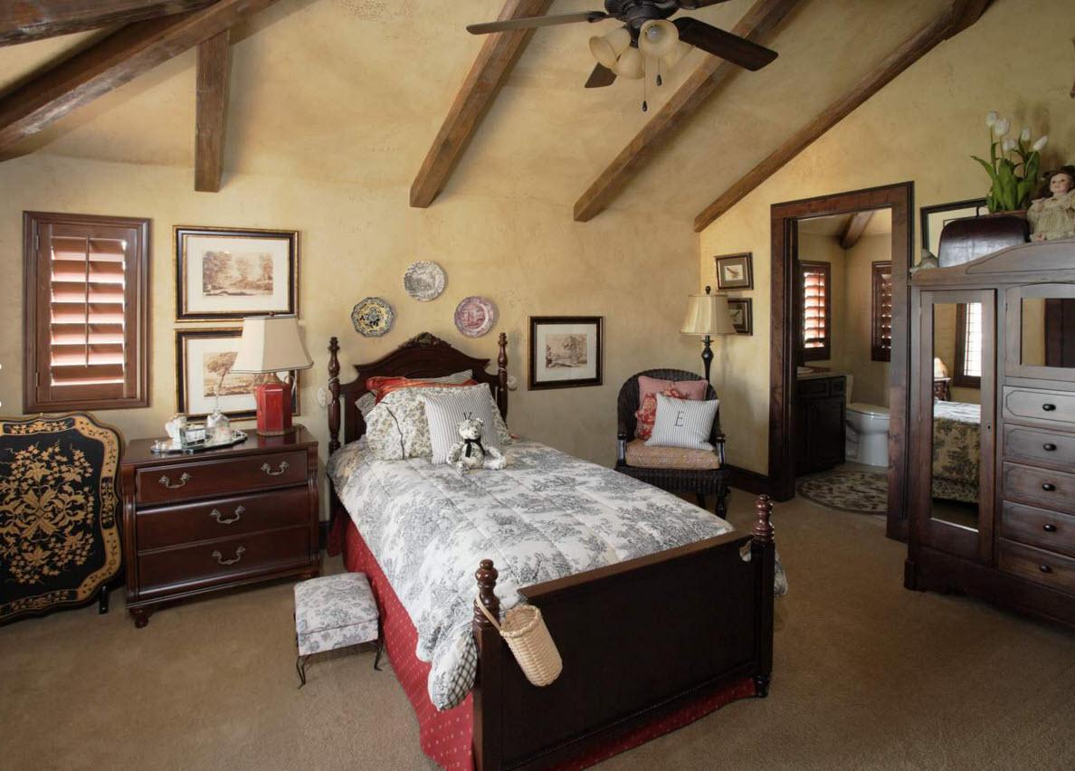 Для спальни в классическом стиле