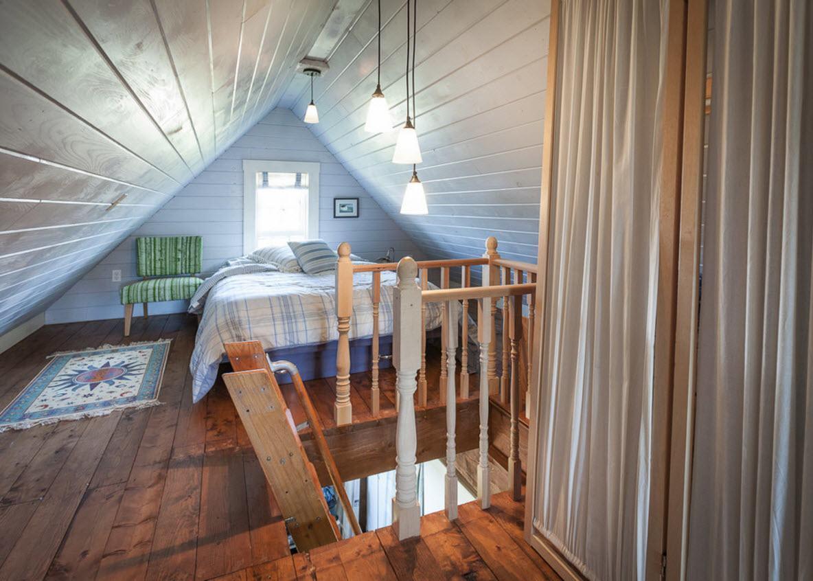 Удобная планировка спальни на чердаке