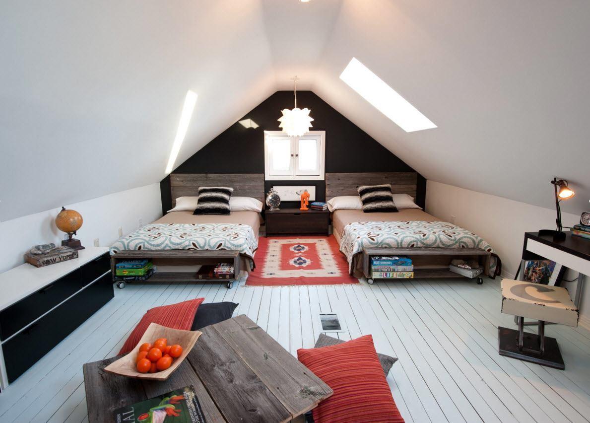 Спальня на мансарде для двоих