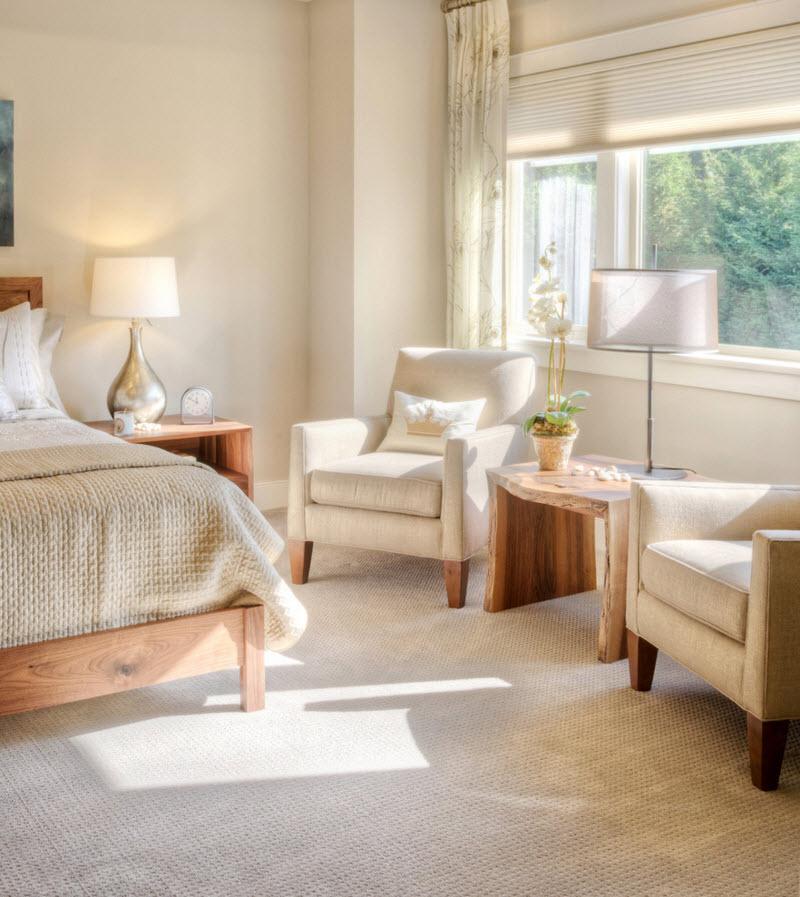 Оформление спальни в пастельных тонах