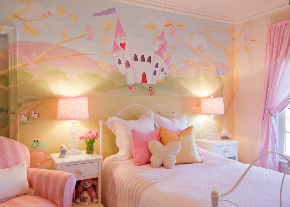 В комнате маленькой принцессы