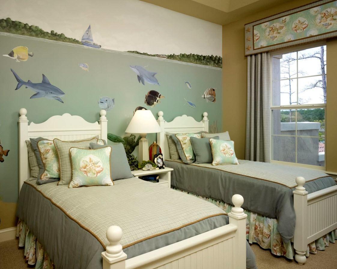 Морские мотивы в комнате для двоих