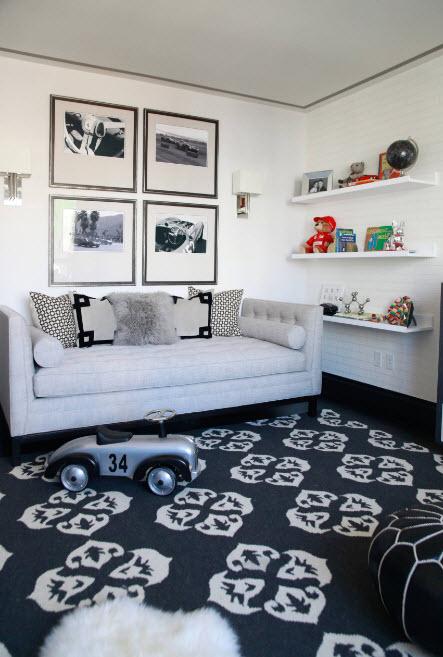 Стильный диван в детскую