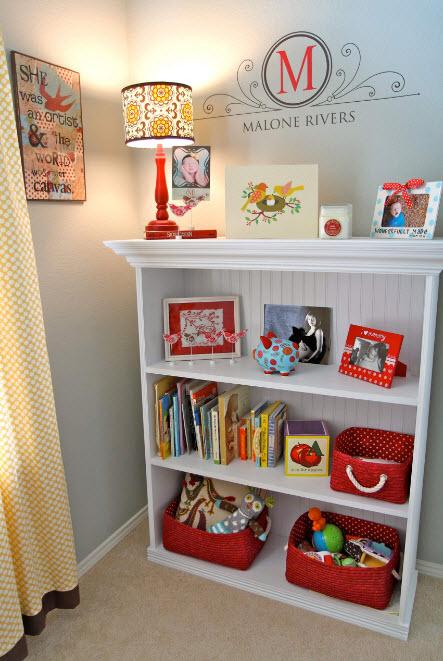 Книжный шкаф в детской