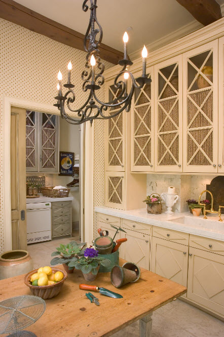 Драпировка для кухонных шкафов