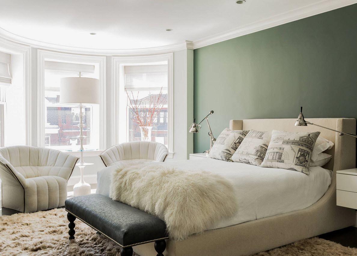 Спальня с полукруглым эркером
