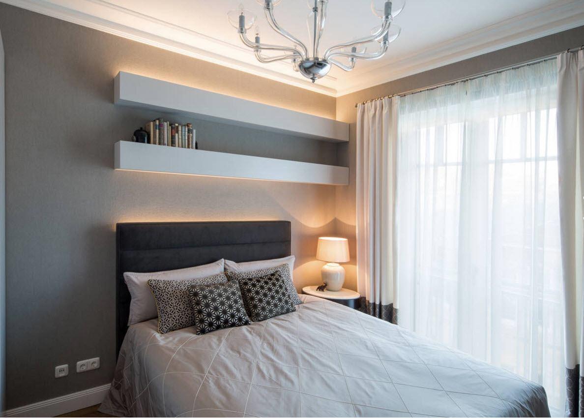 Оригинальные полки для спальни