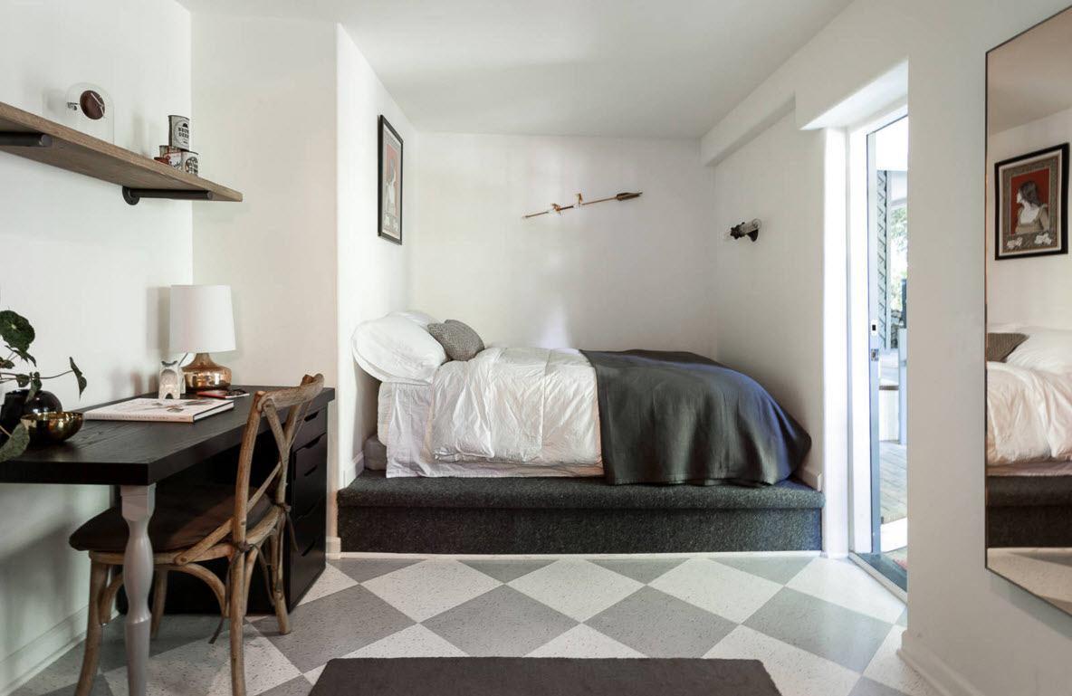 Необычное расположение спального места