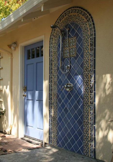 Керамическая плитка с орнаментом