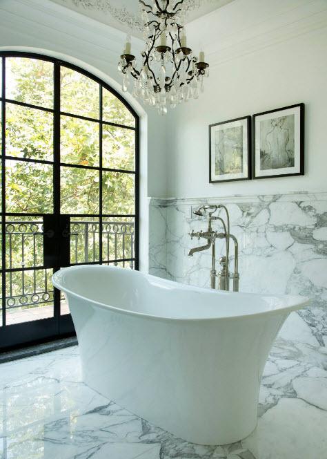 Акриловая ванная для классики